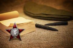 9 de mayo - día de la victoria Orden de la estrella roja tarjeta Imagen de archivo libre de regalías