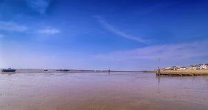 13 de mayo de 2016 marea baja Thorpe Bay Essex Imagenes de archivo