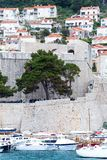 4 de mayo de 2019, Dubrovnik, Croacia Puerto viejo de la ciudad foto de archivo