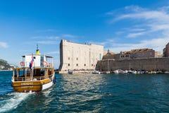 3 de mayo de 2019, Dubrovnik, Croacia Puerto viejo de la ciudad imagen de archivo