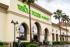 19 de mayo de 2019 Santa Clara/CA/los E.E.U.U. - el supermercado de Whole Foods situado en Santa Clara Square Marketplace; sur Sa foto de archivo