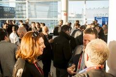 DE MEDIA STEMMEN IN MET ONTVANGST, MOBIEL WERELDcongres 2014 Stock Foto