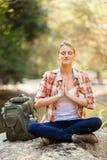 De meditatie van de wandelaaryoga Stock Foto's
