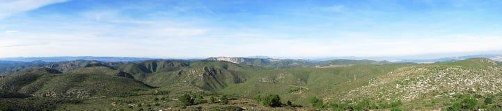De mediterrane bergen van het panorama Royalty-vrije Stock Afbeeldingen