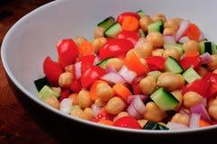 De mediterrane Salade van de Kikkererwt Royalty-vrije Stock Afbeeldingen