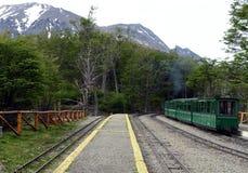 De meest zuidelijke spoorweg in de wereld op de rand van de Aarde Royalty-vrije Stock Afbeeldingen
