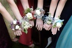 De Meisjes Mooie Kleding van Promcorsages royalty-vrije stock foto's