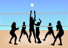 De meisjes spelen volleyball Stock Foto's