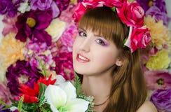 De meisjes van de bloemschoonheid Stock Afbeelding