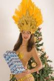 De meisjes van de samba met de pakketten van Kerstmis Royalty-vrije Stock Afbeelding