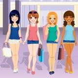 De Meisjes van de winkelcomplexmanier Stock Foto's
