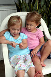 De Meisjes van Lounging royalty-vrije stock foto's
