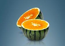 De meloen en de Sinaasappel van het water binnen Royalty-vrije Stock Afbeelding
