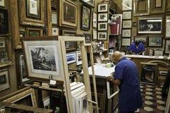 De memoria de trama y dos trabajadores Imagen de archivo libre de regalías