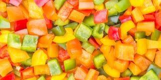 De mengeling hakte Kleurrijke Groene paprika Dichte Omhooggaande Mening I Stock Fotografie