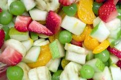 De Mengeling van de verscheidenheid van Fruitsalade Stock Fotografie
