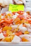 De mengeling van de vissoep bij markt Royalty-vrije Stock Fotografie