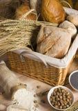 De mengeling van het brood Stock Foto's