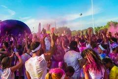 De menigte van de kleurenlooppas Stock Foto's