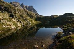 De mening van alpen van de Lak DE Cheserys stock foto