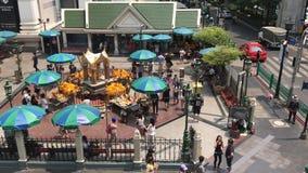 De Mening van april 2016 van BANGKOK, THAILAND 26 van Erawan-Heiligdom stock videobeelden