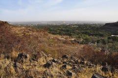 De mening van Bamako van boven op een heuvel stock fotografie