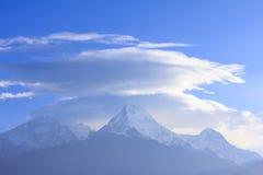 De mening van de Annapurnabergketen van Poonhill, beroemde trekking des Stock Foto's