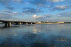 De mening van de avond van Voronezh het bassin van de wateropslag Stock Afbeeldingen