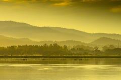 De mening van de berg in Thailand stock foto's