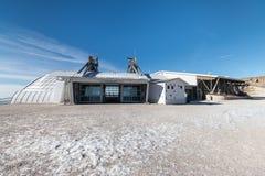 De mening van de bergpost van kabelbaan Malcesine - Monte Baldo, Italië Royalty-vrije Stock Foto