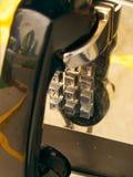 De mening van de close-up van een het verouderen publieke telefooncel Royalty-vrije Stock Fotografie