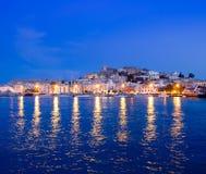 De mening van de het eilandnacht van Ibiza van Eivissa stad Stock Afbeelding