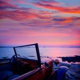 De mening van de Ibizazonsondergang van uitstekende auto in Formentera royalty-vrije stock fotografie