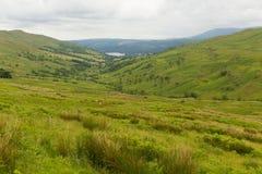 De mening van de Kirkstonepas naar Grasmere door Kirkstone van het Pass het District Engeland het UK Herbergenmeer Royalty-vrije Stock Foto's