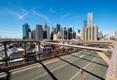 De mening van de Lower Manhattanhorizon van de Brug van Brooklyn Stock Afbeeldingen