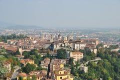 De mening van de oude stad Bergamo royalty-vrije stock afbeeldingen