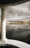 De Mening van de rivier van Gazebo Stock Foto's