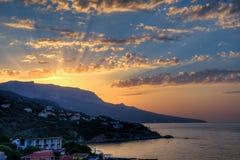 De mening van foros in het Oostelijke deel van de kust bij zonsopgang 4 stock foto's