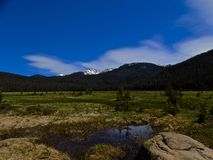 De mening van Grand Teton en rollende wolken royalty-vrije stock foto's