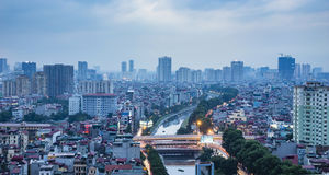 De mening van Hanoi van de hemel in zonsondergangtijd Royalty-vrije Stock Afbeelding