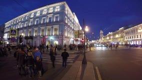 De Mening van heilige Petersburg van het de Kazan Kathedraal en Nevsky-Vooruitzicht stock footage