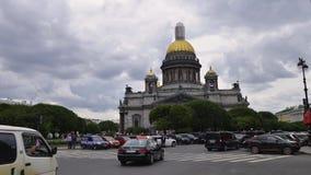 De mening van heilige Petersburg van St Isaac ` s Kathedraal tijd-Tijdspanne fotografie stock videobeelden