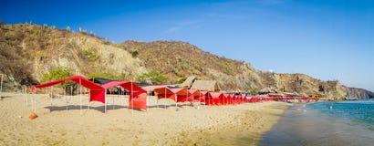 De mening van het Beautfulpanorama van Playa-Blanca strand binnen Stock Foto