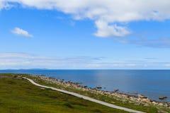 De mening van het Eiland van Bolshoi Zayatsky aan het Witte Overzees stock afbeeldingen