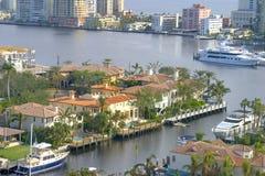 De mening van het Flatgebouw met koopflats van Lauderdale Royalty-vrije Stock Afbeelding