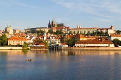 De mening van het historische kwart Hradschin in Praag stock afbeelding
