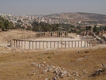 De mening van het Jerashcentrum, Jordanië Stock Foto's