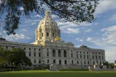 De Mening van het Landschap van de Hoek van het Capitool van de Staat van Minnesota royalty-vrije stock foto's