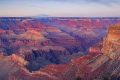 De mening van het landschapsdetail van Grote canion na zonsondergang Stock Fotografie