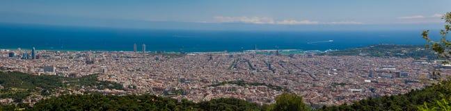 De mening van het panorama van Barcelona stock foto's